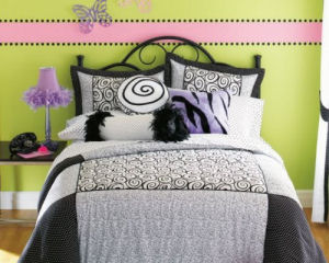 Black-and-white-polka-dot-bedding