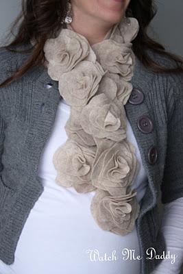 Felt scarf 1